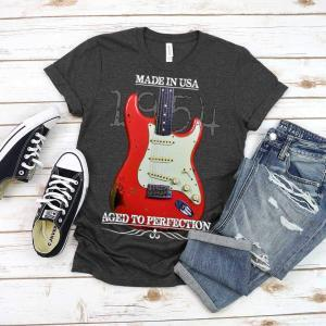 Classic Aged 1954 Fender Stratocaster Guitar T-Shirt