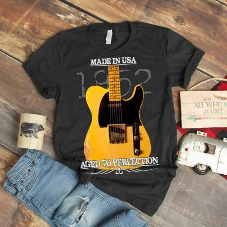 Classic 1952 Fender Telecaster Guitar T-Shirt-dark grey