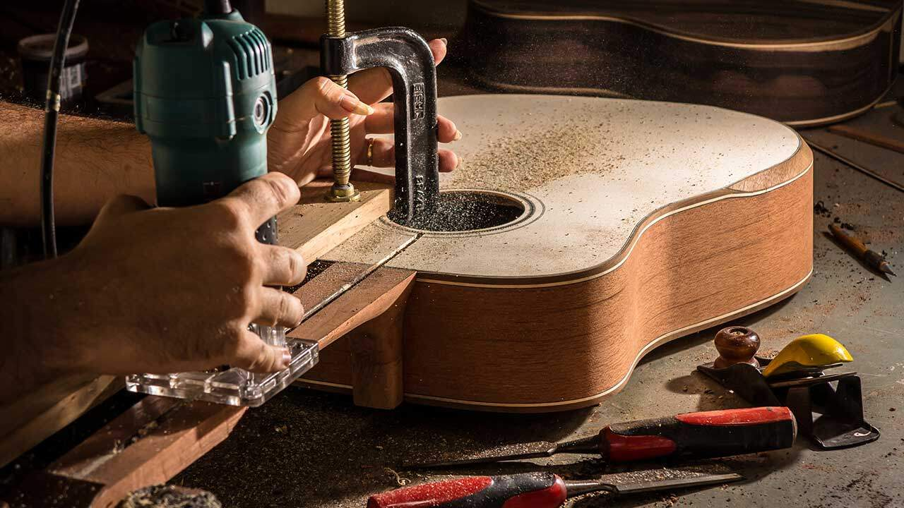Guitar Niche - Best Acoustic Guitar Under $1000